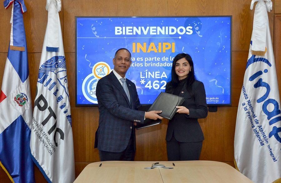 Director de OPTIC firma acuerdo con Directora del INAIPI