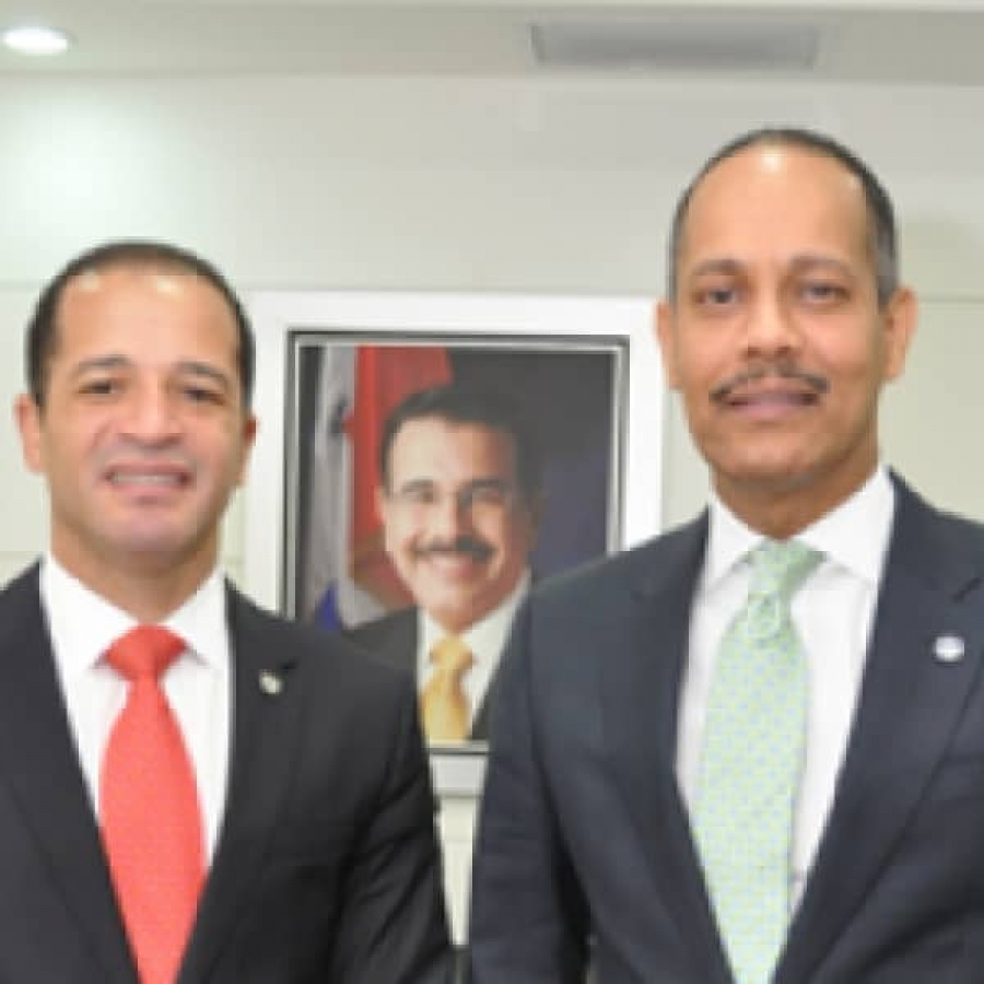 Director de la OPTIC junto a Juan De Los Santos