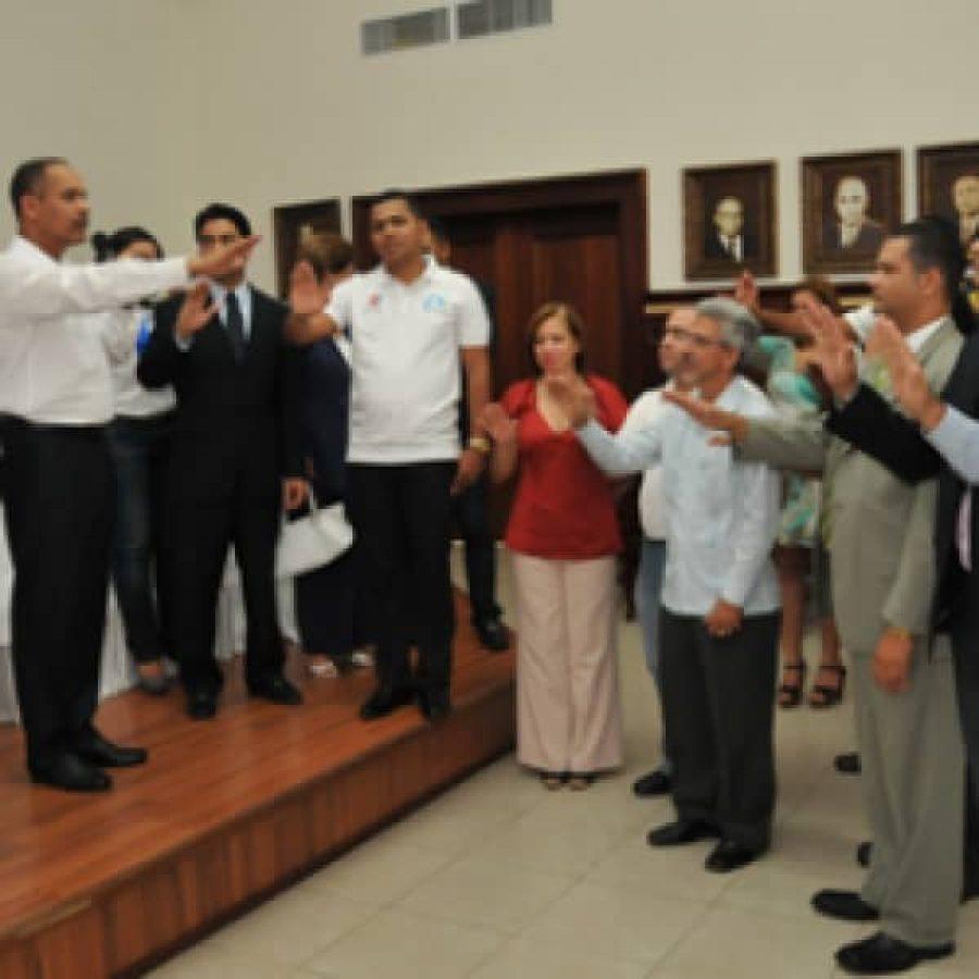 Director de OPTIC juramenta a miembros de los comités provinciales