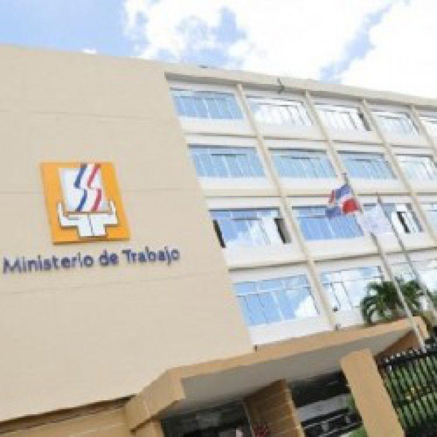 Fachada del edificio del Ministerio de Trabajo