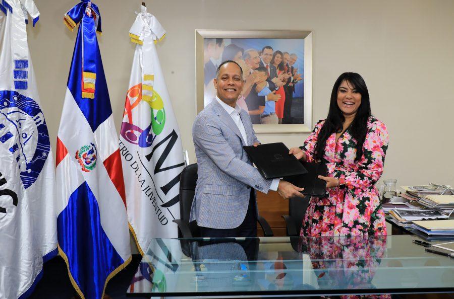 Firma de Acuerdo entre OPTIC y Ministerio de la Juventud